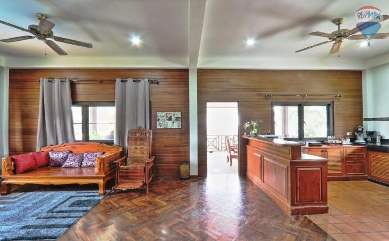 RE/MAX Top Properties Agency's Villa & Bungalows For Sale Chalong Phuket 11