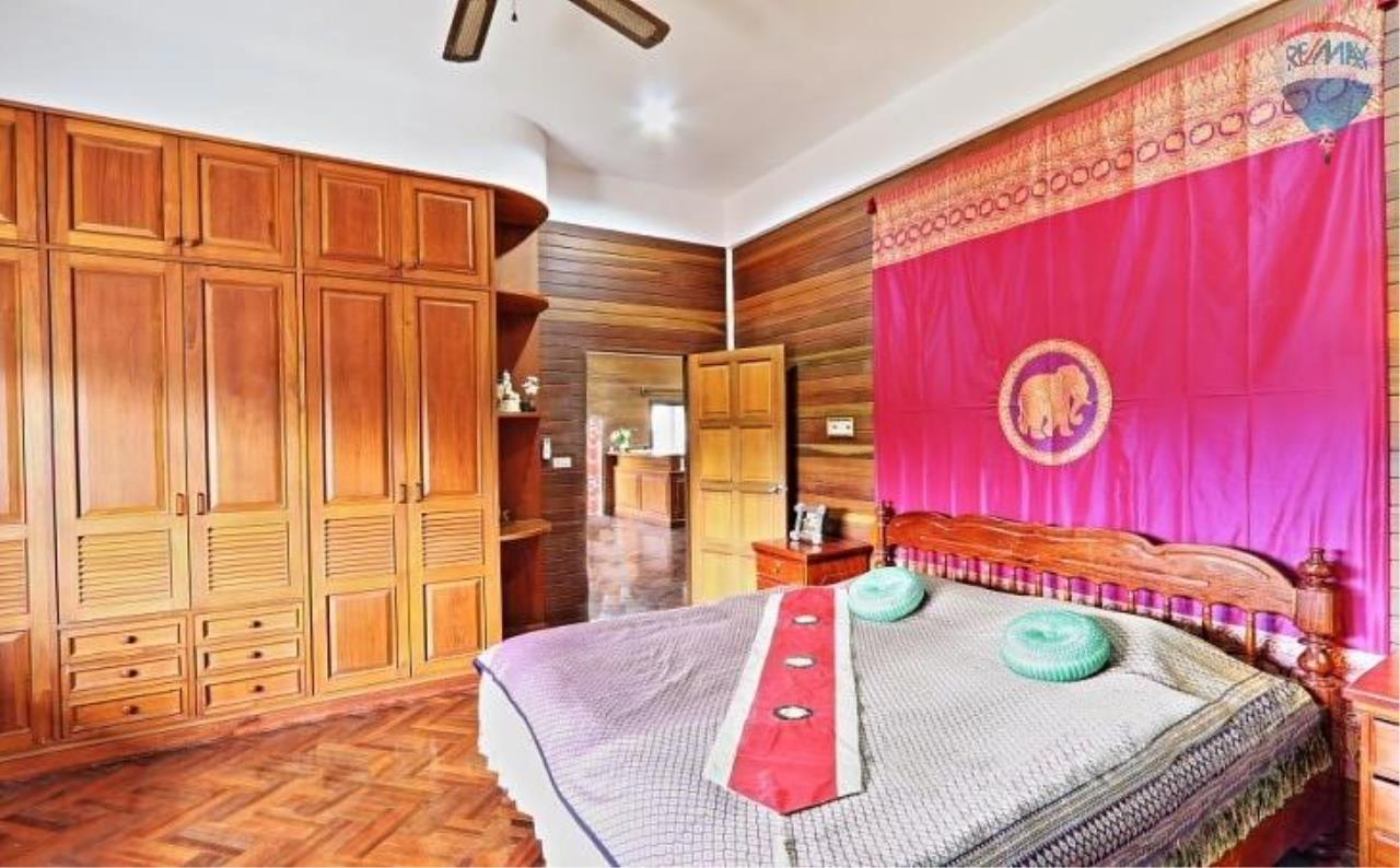 RE/MAX Top Properties Agency's Villa & Bungalows For Sale Chalong Phuket 12