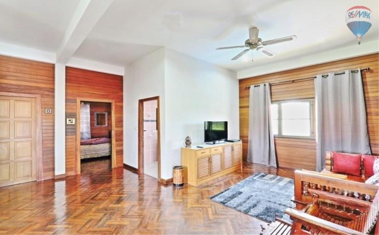 RE/MAX Top Properties Agency's Villa & Bungalows For Sale Chalong Phuket 13