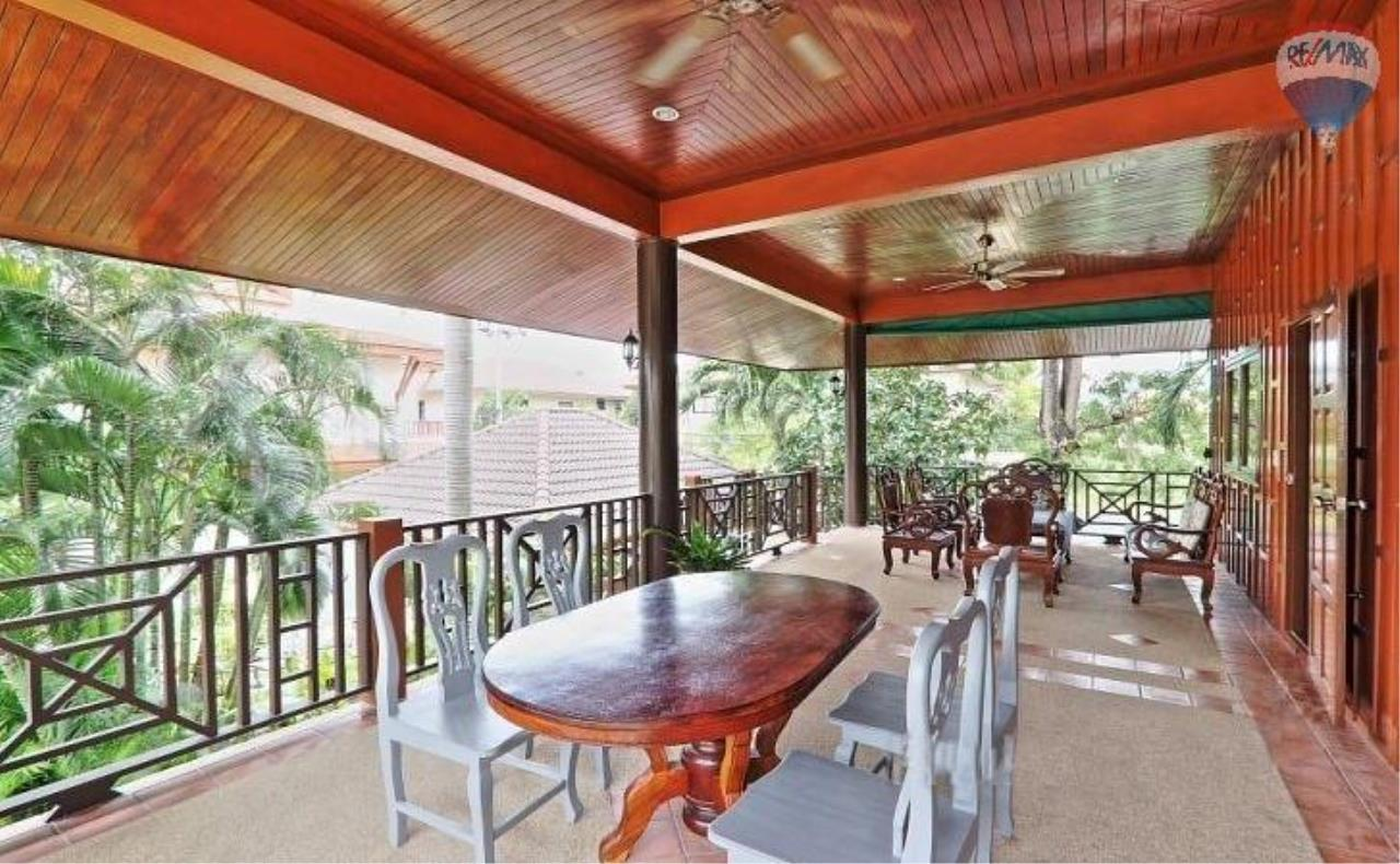 RE/MAX Top Properties Agency's Villa & Bungalows For Sale Chalong Phuket 22
