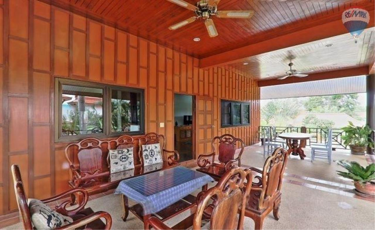 RE/MAX Top Properties Agency's Villa & Bungalows For Sale Chalong Phuket 4