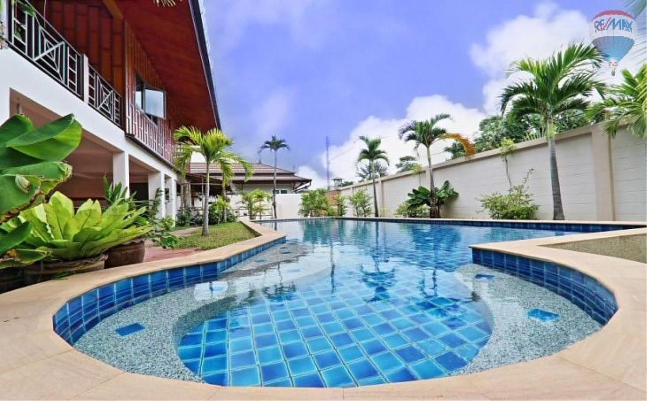 RE/MAX Top Properties Agency's Villa & Bungalows For Sale Chalong Phuket 7