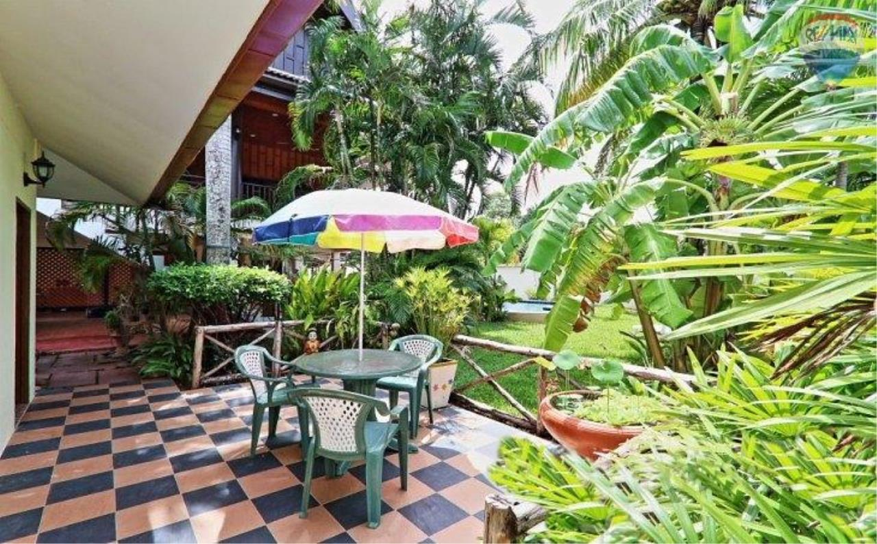 RE/MAX Top Properties Agency's Villa & Bungalows For Sale Chalong Phuket 9