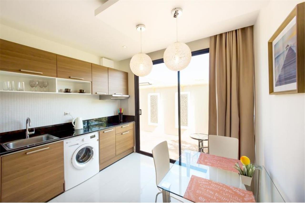 RE/MAX Top Properties Agency's PHUKET,NAI HARN BEACH,CONDO 2 BEDROOMS,FOR SALE 5