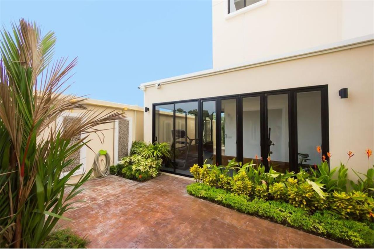 RE/MAX Top Properties Agency's PHUKET,NAI HARN BEACH,CONDO 2 BEDROOMS,FOR SALE 15