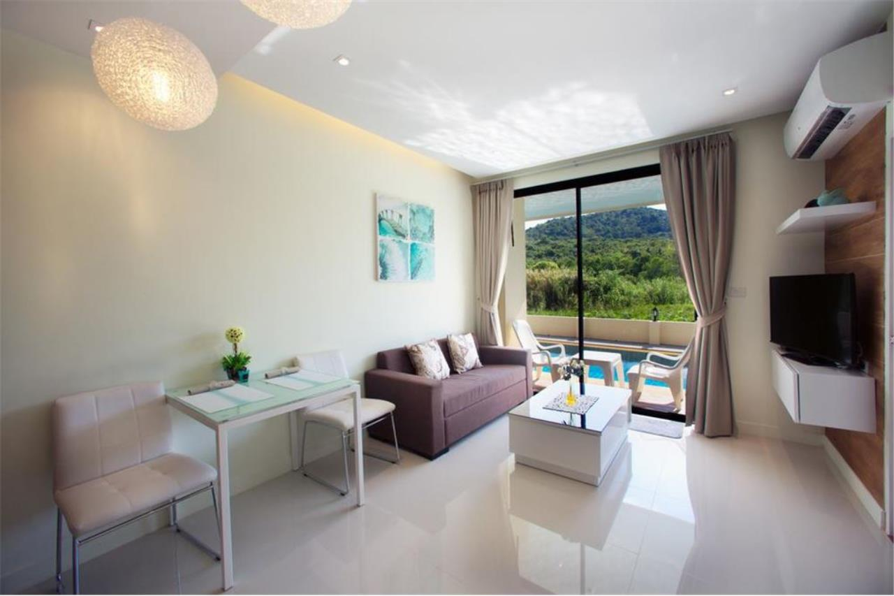 RE/MAX Top Properties Agency's PHUKET,NAI HARN BEACH,CONDO 2 BEDROOMS,FOR SALE 19