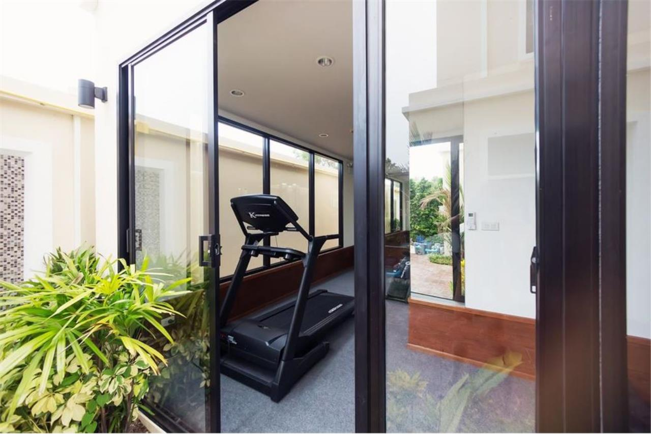 RE/MAX Top Properties Agency's PHUKET,NAI HARN BEACH,CONDO 2 BEDROOMS,FOR SALE 25