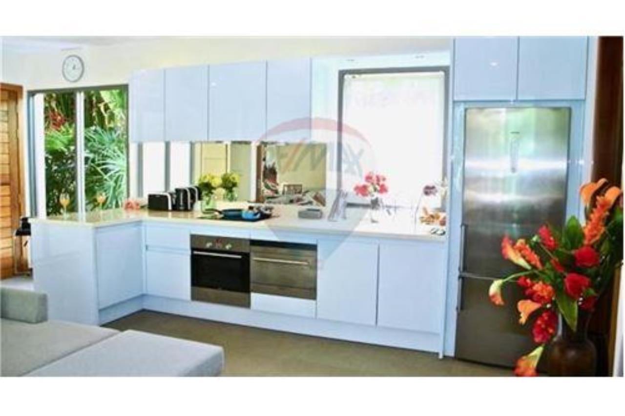 RE/MAX Top Properties Agency's PHUKET,RAWAI BEACH,POOL VILLA 2 BEDROOMS,FOR SALE 16