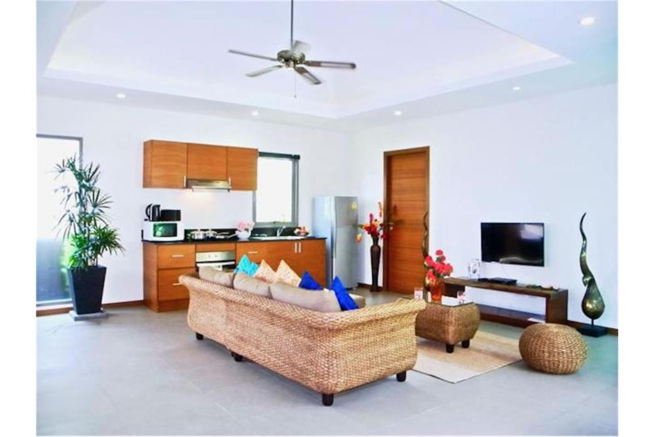 RE/MAX Top Properties Agency's PHUKET,RAWAI BEACH,POOL VILLA 2 BEDROOMS,FOR SALE 25