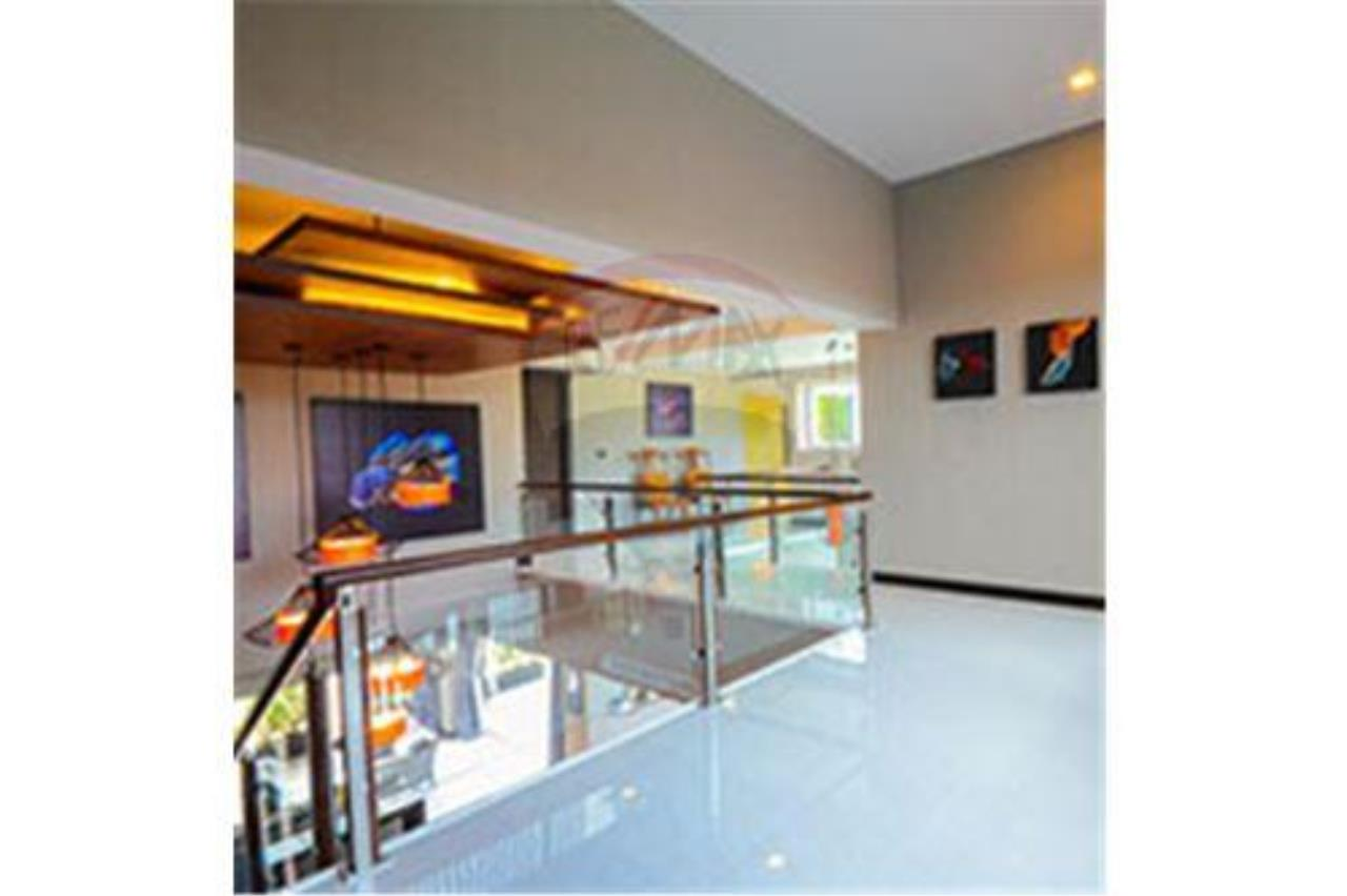 RE/MAX Top Properties Agency's PHUKET,RAWAI BEACH,POOL VILLA 3 BEDROOMS,FOR RENT 10
