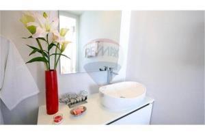 RE/MAX Top Properties Agency's PHUKET,BANGTAO BEACH,CONDO 1 BEDROOM,FOR SALE 4
