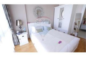 RE/MAX Top Properties Agency's PHUKET,BANGTAO BEACH,CONDO 1 BEDROOM,FOR SALE 5