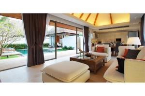 RE/MAX Top Properties Agency's PHUKET,BANGTAO,POOL VILLA 4 BEDROOMS,FOR SALE 10