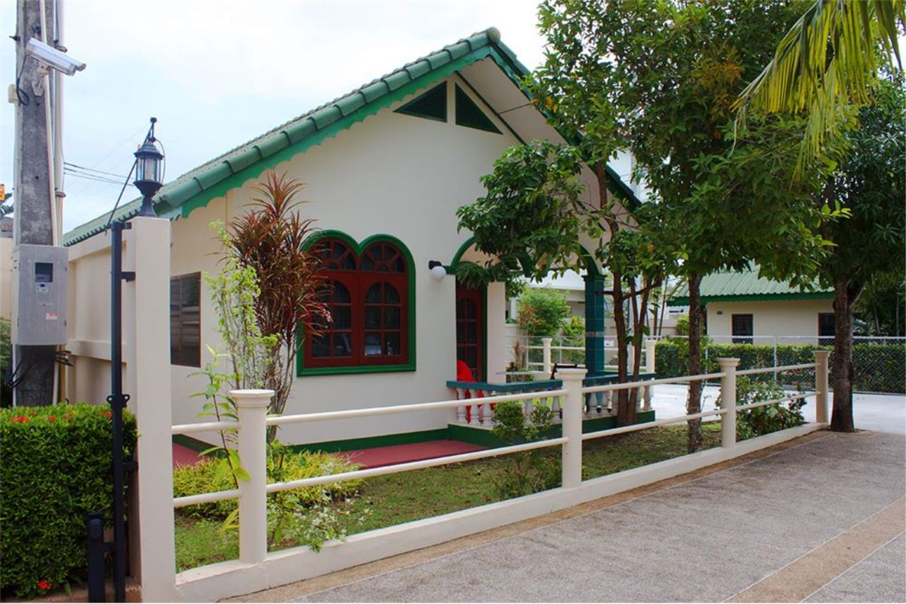 RE/MAX Top Properties Agency's PHUKET,RAWAI,800SQ.M LAND WITH 2BUNGALOWS,FOR SALE 1