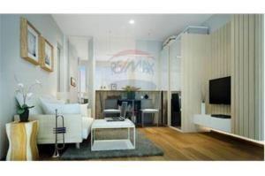 RE/MAX Top Properties Agency's PHUKET,SURIN BEACH,CONDO 1 BEDROOM,FOR SALE 3