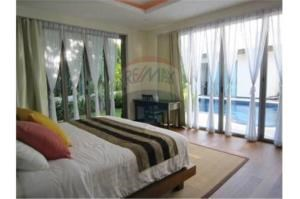RE/MAX Top Properties Agency's PHUKET,BANG TAO,POOL VILLA 3 BEDROOMS,FOR SALE 5