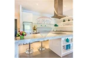 RE/MAX Top Properties Agency's PHUKET,BANG TAO,POOL VILLA 3 BEDROOMS,FOR SALE 24