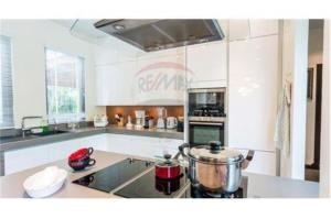 RE/MAX Top Properties Agency's PHUKET,BANG TAO,POOL VILLA 3 BEDROOMS,FOR SALE 4