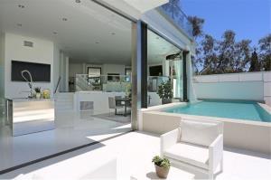 RE/MAX Top Properties Agency's PHUKET,KARON BEACH,CONDO 3 BEDROOMS,FOR SALE 5