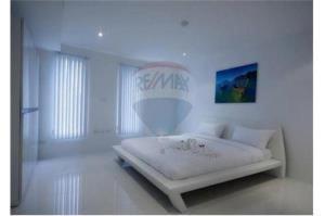 RE/MAX Top Properties Agency's PHUKET,KARON BEACH,CONDO 3 BEDROOMS,FOR SALE 10