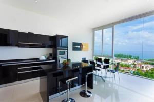RE/MAX Top Properties Agency's PHUKET,KARON BEACH,CONDO 3 BEDROOMS,FOR SALE 23