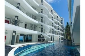 RE/MAX Top Properties Agency's PHUKET,KARON BEACH,CONDO 3 BEDROOMS,FOR SALE 4
