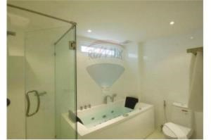 RE/MAX Top Properties Agency's PHUKET,KARON BEACH,CONDO 2 BEDROOMS,FOR SALE 11