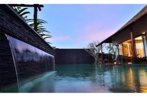 RE/MAX Top Properties Agency's PHUKET,CHERNG THALE,POOL VILLA 4 BEDROOMS,FOR SALE 2