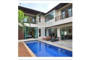 RE/MAX Top Properties Agency's PHUKET,CHERNG THALE,POOL VILLA 4 BEDROOMS,FOR SALE 22