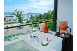 RE/MAX Top Properties Agency's PHUKET,KALIM BEACH,CONDO 3 BEDROOMS,FOR SALE 13