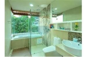 RE/MAX Top Properties Agency's PHUKET,KALIM BEACH,COND 3 BEDROOMS,FOR SALE 28