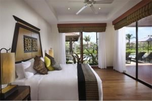 RE/MAX Top Properties Agency's PHUKET,LAGUNA BEACH,POOL VILLA 2 BEDROOMS,FOR SALE 2