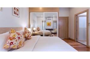 RE/MAX Top Properties Agency's PHUKET,LAGUNA BEACH,POOL VILLA 4 BEDROOS,FOR SALE 26