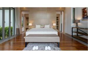 RE/MAX Top Properties Agency's PHUKET,LAGUNA BEACH,POOL VILLA 4 BEDROOS,FOR SALE 22