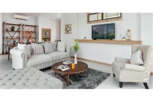 RE/MAX Top Properties Agency's PHUKET,LAGUNA BEACH,POOL VILLA 4 BEDROOS,FOR SALE 3