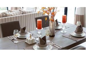 RE/MAX Top Properties Agency's PHUKET,LAGUNA BEACH,POOL VILLA 3 BEDROOMS,FOR SALE 8