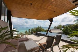 RE/MAX Top Properties Agency's PHUKET,RAWAI BEACH,CONDO 3 BEDROOMS,FOR RENT 18