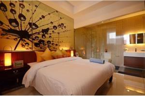 RE/MAX Top Properties Agency's PHUKET,RAWAI BEACH,CONDO 3 BEDROOMS,FOR RENT 5