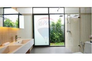 RE/MAX Top Properties Agency's PHUKET,RAWAI BEACH,CONDO 3 BEDROOMS,FOR RENT 37