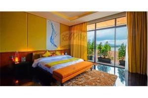 RE/MAX Top Properties Agency's PHUKET,RAWAI BEACH,CONDO 3 BEDROOMS,FOR RENT 35