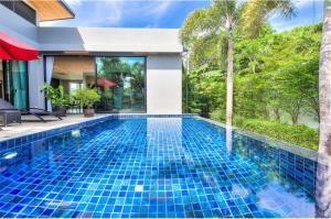 RE/MAX Top Properties Agency's PHUKET,RAWAI BEACH,POOL VILLA 3 BEDROOMS,FOR RENT 2