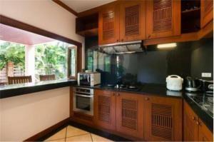 RE/MAX Top Properties Agency's PHUKET,RAWAI BEACH,POOL VILLA 3 BEDROOMS,FOR RENT 11