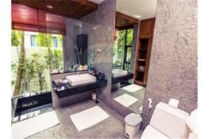 RE/MAX Top Properties Agency's PHUKET,RAWAI BEACH,POOL VILLA 1 BEDROOM,FOR RENT 2