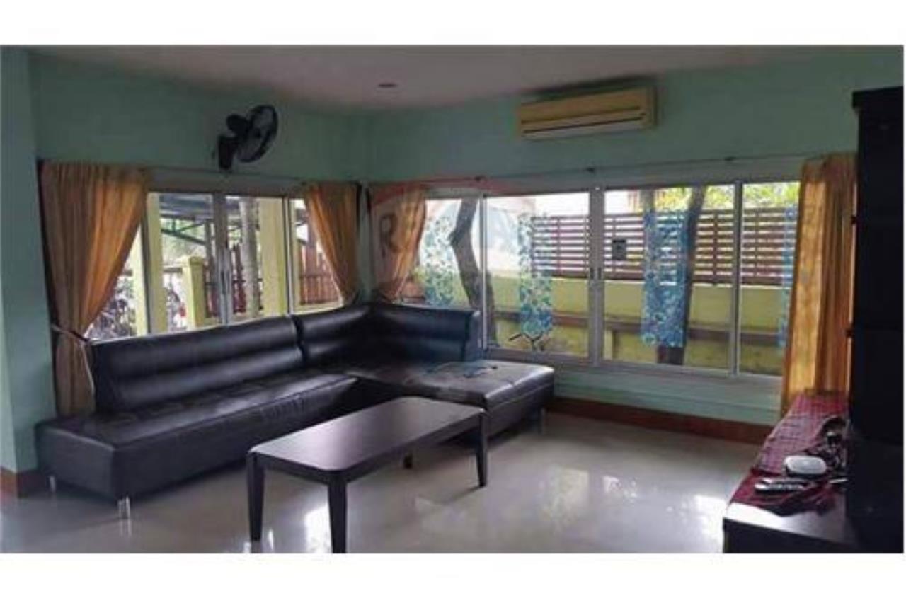 RE/MAX Top Properties Agency's PHUKET,PATONG BEACH,VILLA 4 BEDROOMS FOR RENT 21