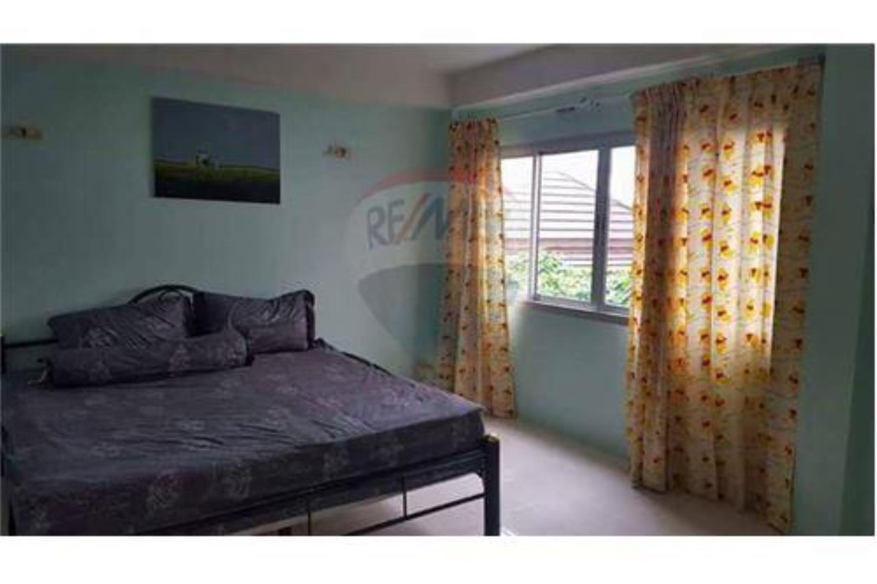 RE/MAX Top Properties Agency's PHUKET,PATONG BEACH,VILLA 4 BEDROOMS FOR RENT 7