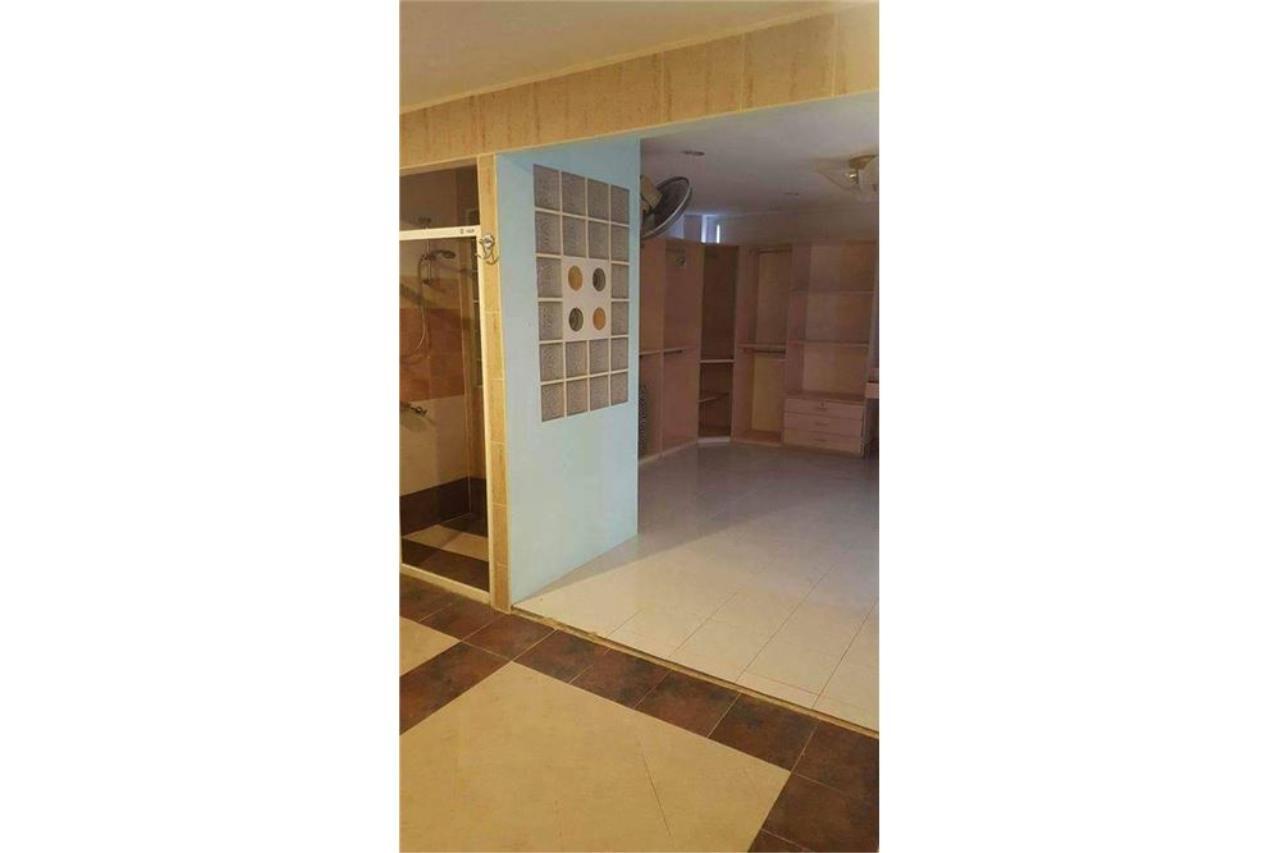 RE/MAX Top Properties Agency's PHUKET,PATONG BEACH,VILLA 4 BEDROOMS FOR RENT 5