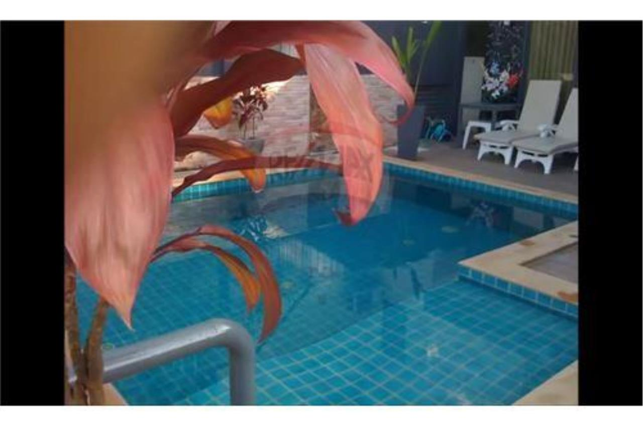 RE/MAX Top Properties Agency's PHUKET, PATONG BEACH, 4 BEDROOMS POOL VILLA FOR RENT 21