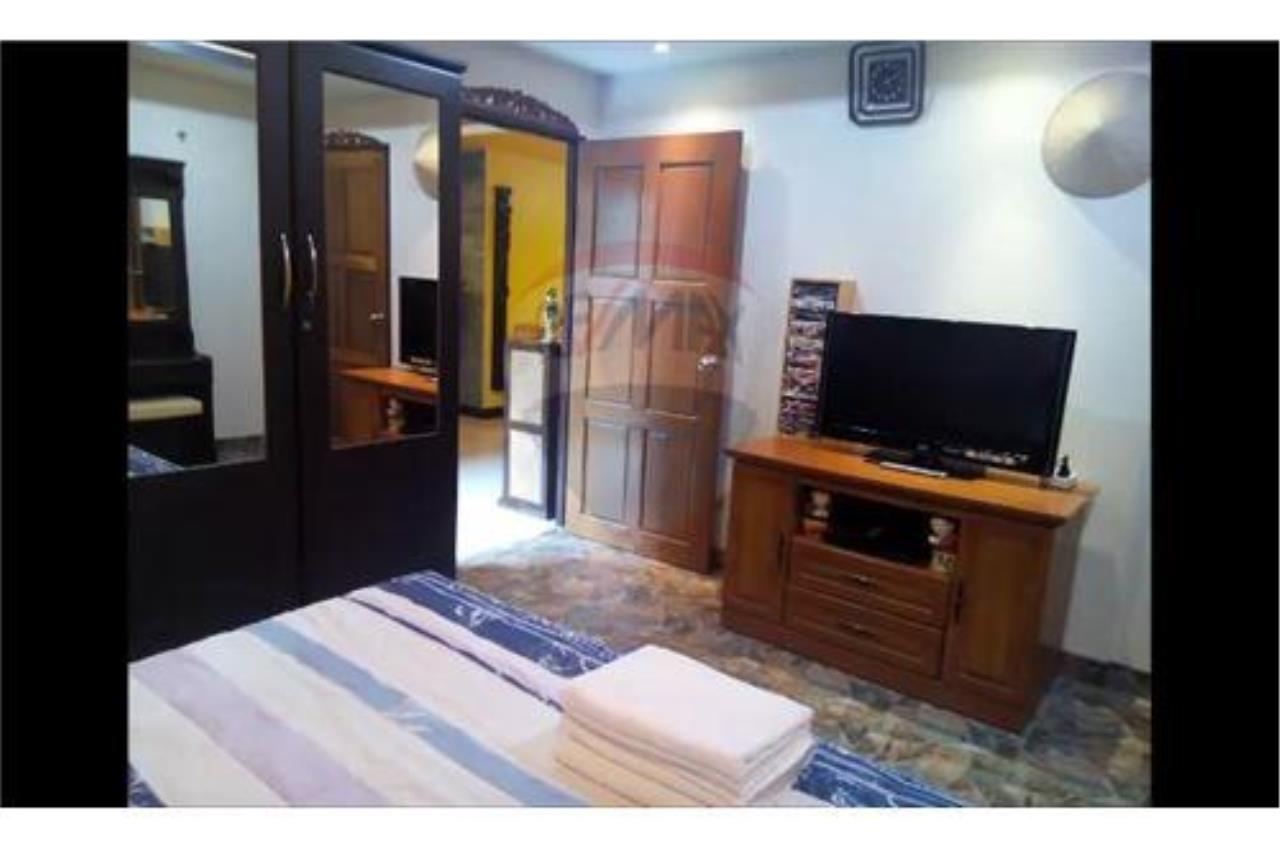 RE/MAX Top Properties Agency's PHUKET, PATONG BEACH, 4 BEDROOMS POOL VILLA FOR RENT 12