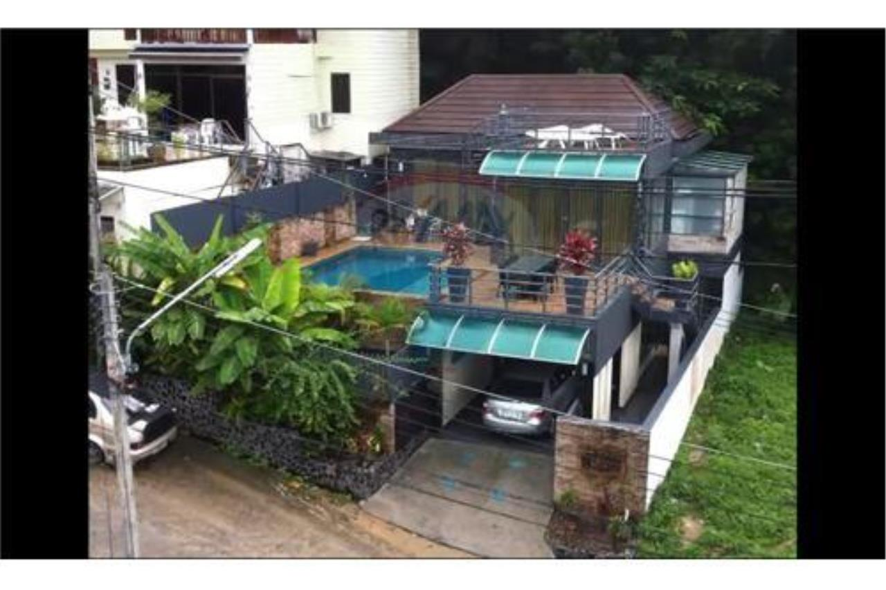 RE/MAX Top Properties Agency's PHUKET, PATONG BEACH, 4 BEDROOMS POOL VILLA FOR RENT 24