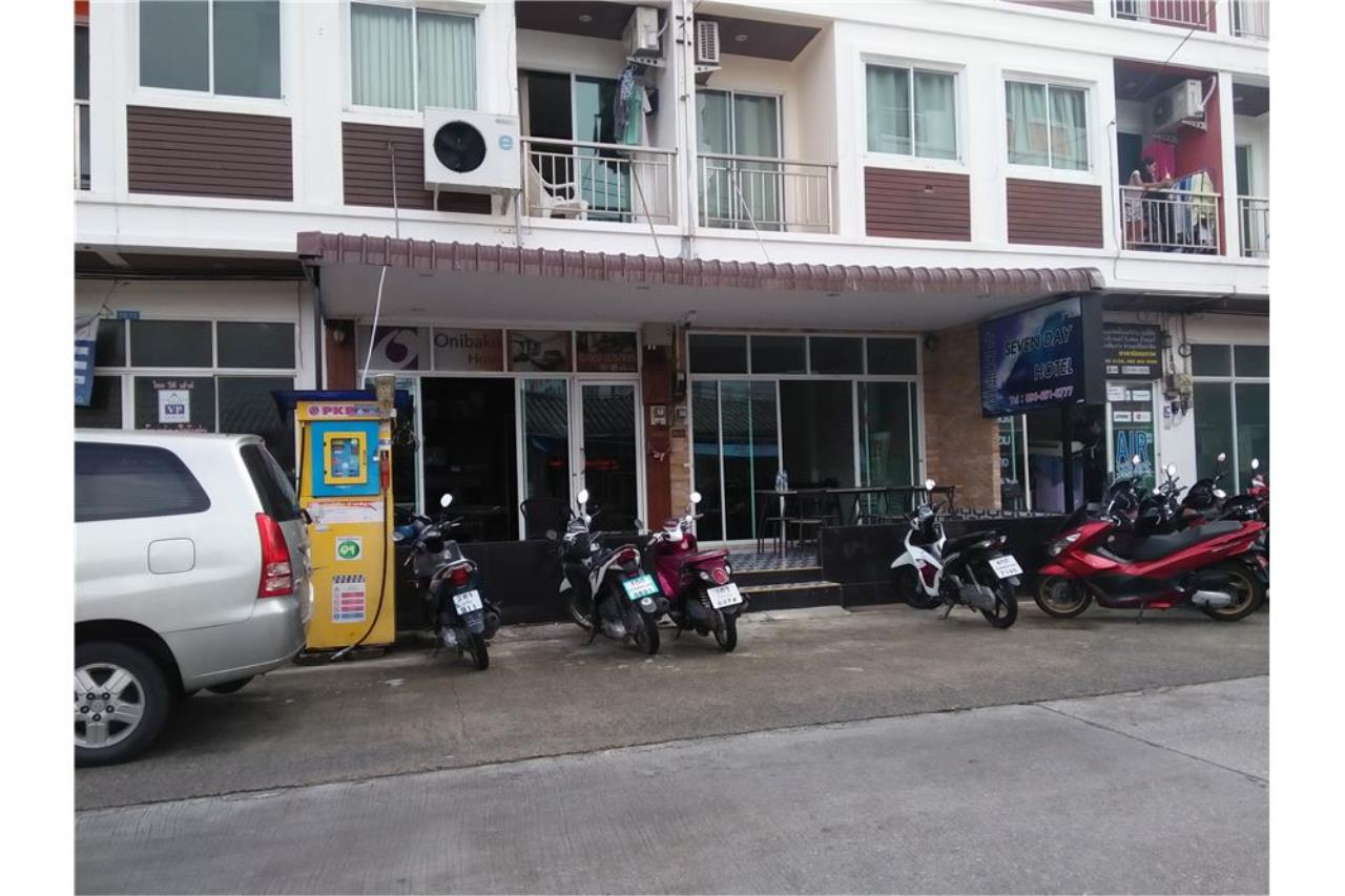 RE/MAX Top Properties Agency's PHUKET,PATONG BEACH 17 ROOMS GUEST HOUSE FOR RENT 31